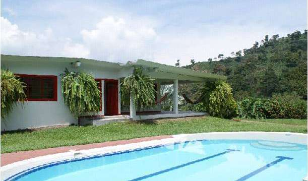 Find low rates and reserve youth hostels in Manizales